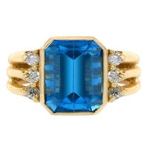 4.00 Carat Blue Topaz & 0.18 Ct Diamond Ring Gold